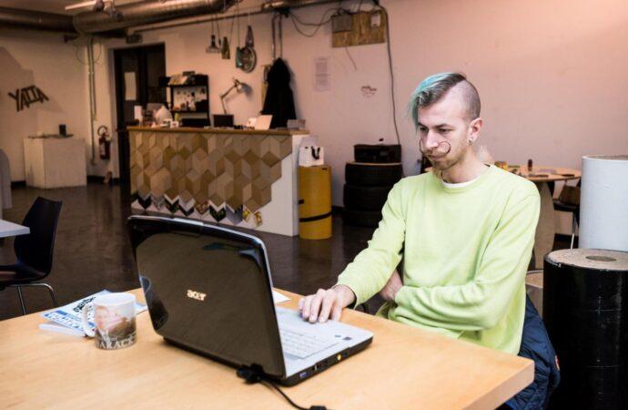 Lo smart working nei Comuni ha i giorni contati: la presenza sarà la regola