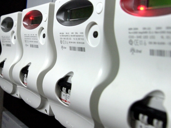 Servizi luce e gas, Comuni bersagliati da fatture illegittime: ecco cosa fare