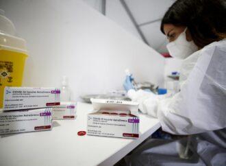 Covid, in Campania calo dei contagi del 27%: posti letto meno 22%, intensive -21