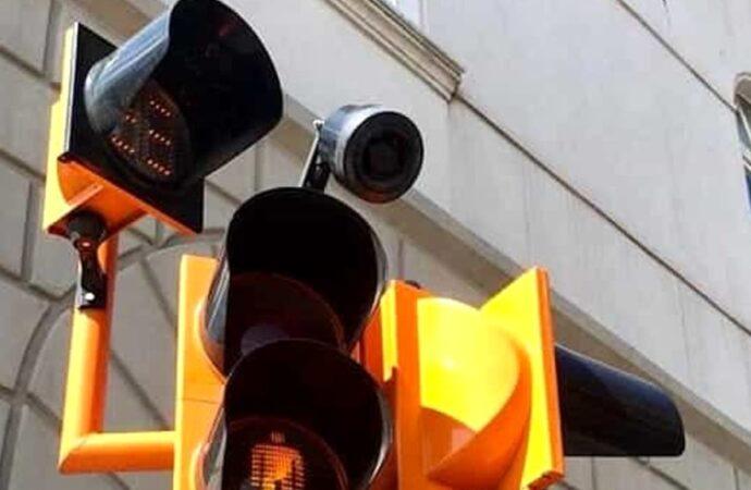 Dal Mims il bando ai Comuni per realizzare semafori per non vedenti