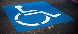 Disabilità, sanzioni e parcheggi previsti nel decreto infrastrutture